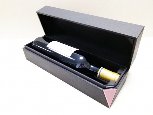Black Matte Special paper Magnet closing Clamshell box Cardboard Wine Boxes Packaging Customizable