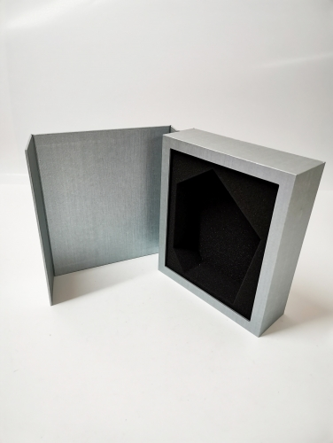 Book shaped uncovering Silvery special paper wine box
