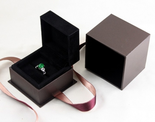 Custom design products packaging small jewelry box